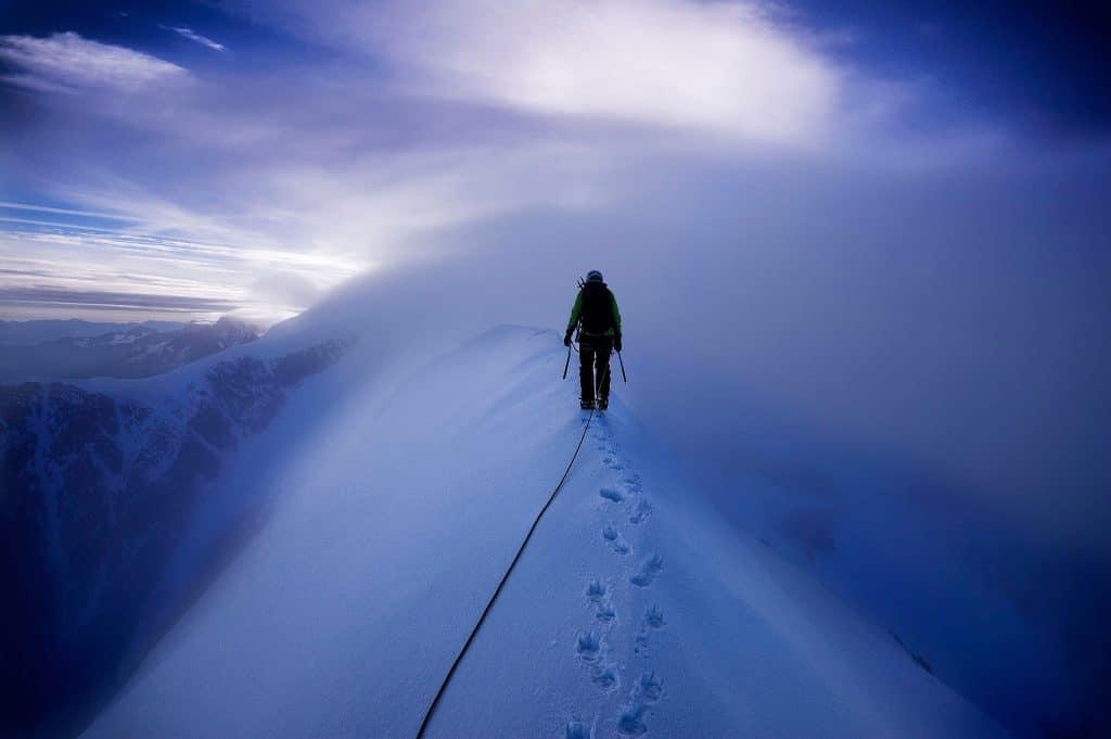 подняться на гору